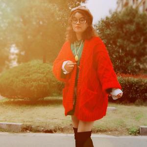 网红款休闲宽松女士棒针牛角扣菱格纹大毛衣