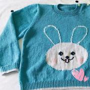 可爱的蓝耳兔儿童棒针卡通图案套头毛衣