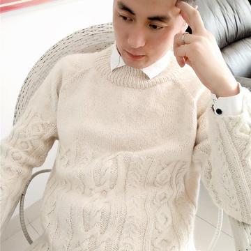 雪梨 中性款棒針絞花套頭毛衣