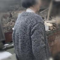 春晖 一点小技巧让母亲穿着更舒适的中老年棒针开衫