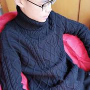 男孩棒针黑色高领麻花毛衣