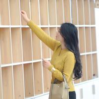 姜黄色女士棒针马海镂空开衫
