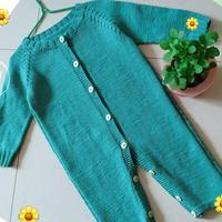 手工編織湖綠色棒針寶寶插肩袖連體衣