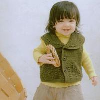 男女寶寶都適合的80-90cm兒童鉤針翻領馬甲背心
