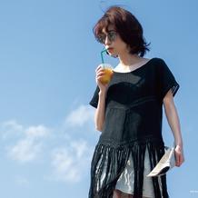 无需穿打底的钩织结合炫酷女生流苏短袖衫