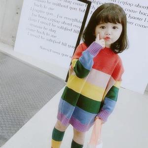 手工編織兒童棒針彩虹條紋毛衣