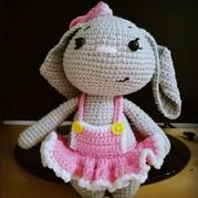 5股牛奶棉编织萌萌的钩针大耳兔