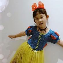 幼儿园环保主题衣服 棒针编织塑料绳白雪公主裙