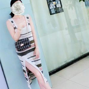 阡陌 原创chic风女士钩针拼色条纹背心裙