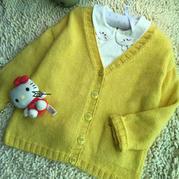 小兔兔 男女宝宝都适合的可爱棒针V领开衫