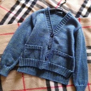 粗澳毛儿童棒针前短后长外套开衫