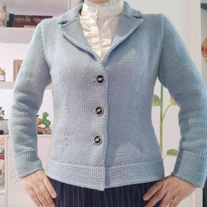 LK150机织雾霾蓝女士优雅翻领外套毛衣