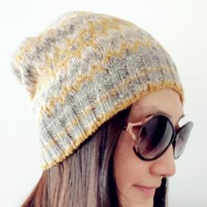 女士棒针经典提花羊绒帽
