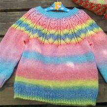 小粉蝶 粗线编织儿童棒针育克圆肩渐变彩虹衣