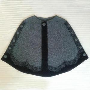 硬币助力编织可两穿的女士钩针带扣斗篷披肩