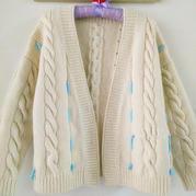 芸香 仿淘宝款女士棒针装饰带子麻花开衫