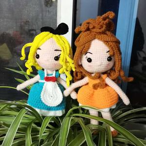 一对姐妹花  娃娃家编织钩针卷发娃娃