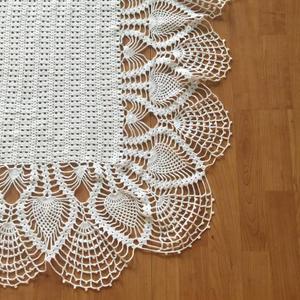 超吸晴的钩针蕾丝钢琴罩 也可做桌布