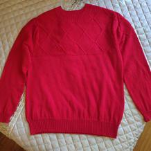 男式棒针圆领红色菱形花套头羊绒衫