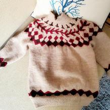 适合100-120码的从上往下儿童棒针育克格纹提花毛衣