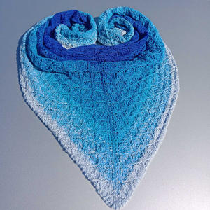 藍鉆 藍色漸變色女士棒針三角披肩