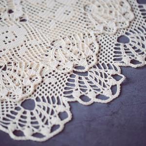精美鉤針方格編蕾絲桌布
