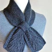 看圖仿女士棒針領結式小圍巾編織教程