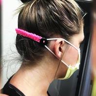 编织达人巧思用毛线解决戴口罩时遇到的小问题