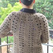 連綿 從領口往下女士鉤針扇形花套衫