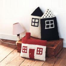 独特可爱钩针房子造型抱枕图解