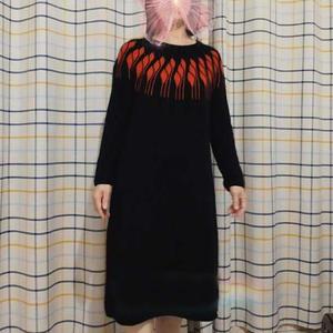 德式引返织叶子花女士棒针育克圆肩连衣裙