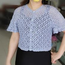 女士钩针蕾丝十字花喇叭袖开衫