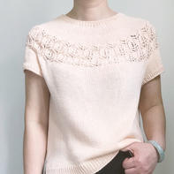 卡米拉从上往下织女士棒针休闲短袖衫
