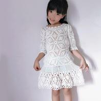 雪羽  儿童钩针拼花蕾丝连衣裙
