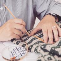 """""""这是我所了解的织毛衣吗?"""" 手工编织物的原稿与制图"""