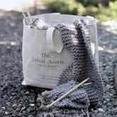 开始她只是为孩子们编织,不小心就开了家热门编织图解店