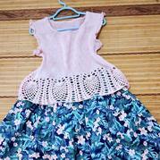 蜜萝  简约实用钩织结合儿童春夏套衫