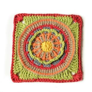 彩色方形钩针曼荼罗花片编织图解