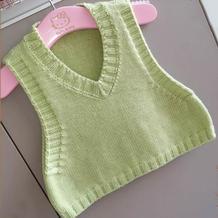 绿芽 简约时尚周岁宝宝棒针V领背心