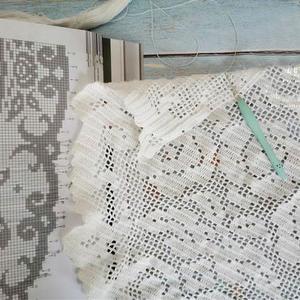 毛线球26经典方格编钩针玫瑰蕾丝桌布