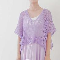 有两种穿法的浅紫色女士钩针亚麻罩衫