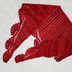 段染线女士钩针菠萝花边三角围巾