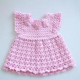 公主裙(2-1)宝宝钩针花朵小飞袖连衣裙编织视频