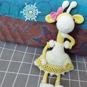 云棉II钩针编织穿公主裙的呆萌小鹿