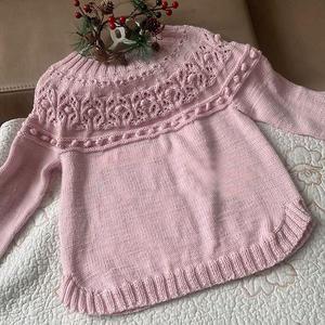 从领口往下织儿童棒针圆肩圆摆套头毛衣