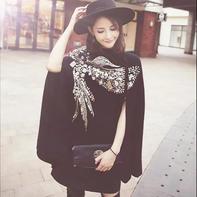 秋冬必备佳品时髦大披肩款式织法推介