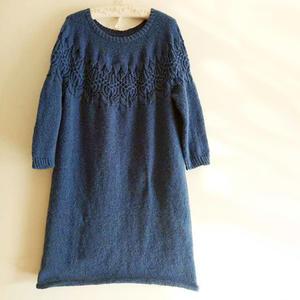蓝色玫瑰 从上往下织女士棒针育克圆肩连衣裙