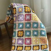 给孩子钩的午睡毯 经典钩针祖母方格拼花毯