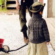 儿童棒针插肩袖扭花套头高领毛衣