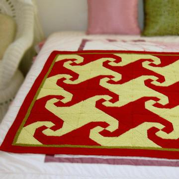 舊線編織的拼布風格棒針小毯子